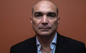 Esposa del coronel Oswaldo García Palomo alertó que tiene cuatro meses sin saber de él
