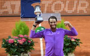 Nadal continua su hegemonía deportiva sobre Djokovic tras derrotarlo en Roma