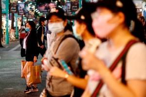 Taiwán se blinda contra la Covid-19 tras sumar más de 700 casos en tres días