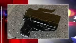 Un cuchillo con forma de pistola hizo que un policía le disparara a un sujeto en Miami-Dade