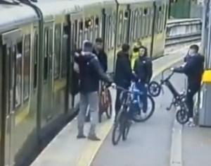 Cayó a las vías del tren tras haber sido atacada por un grupo de desconocidos en Irlanda