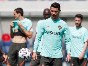 Gesto de Cristiano Ronaldo le cuesta UNA MILLONADA a Coca-Cola en la Bolsa