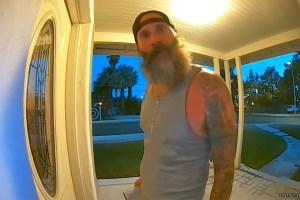 """""""Voy a violarla y matarla"""": Aterradoras amenazas de un extraño en la puerta de la casa de una mujer en EEUU"""