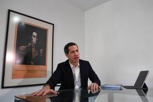Guaidó: La dictadura abandona a los venezolanos para mostrar lealtad a quién se lucró con el hambre
