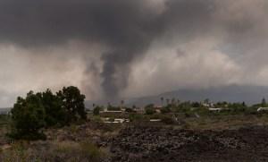 Volcán de Canarias destruyó ya 320 edificaciones y 153 hectáreas