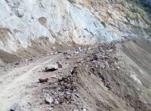 Peligroso deslizamiento se registró en carretera de Mérida este #15Sep (Video)