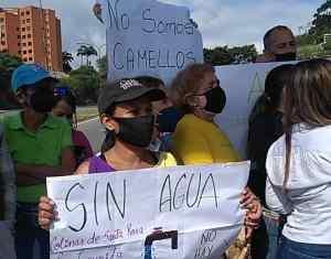 Vecinos en Barquisimeto subsidian a Hidrolara pero siguen sin agua (Fotos)