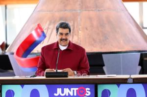 """Maduro se hizo la """"vístima"""" tras desastre generalizado en el Banco de Venezuela"""