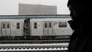Mujer fue violada en un tren de Filadelfia mientras pasajeros miraban sin hacer nada